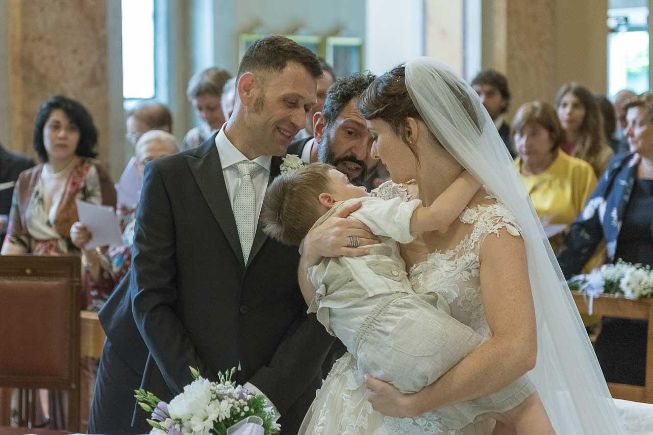 Matrimonio In Italiano : Fotografo di matrimonio: un giovane matrimonio italiano a villa